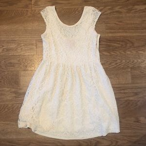 BEAUTIFUL Cream Lace Dress